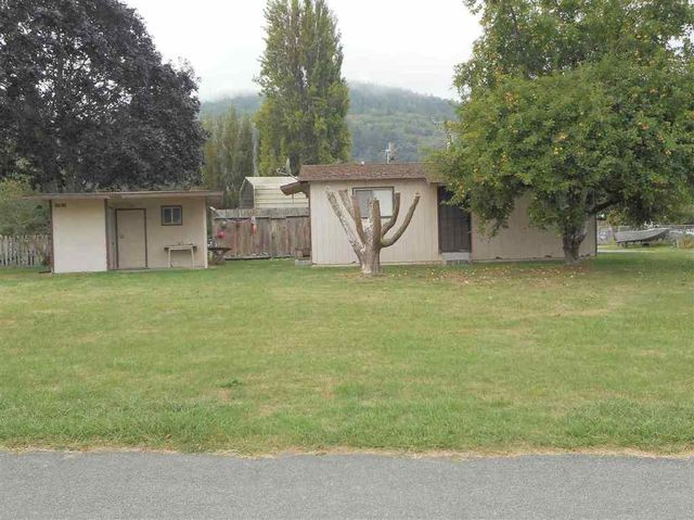 320 redwood rd klamath ca 95548 home for sale and real estate listing