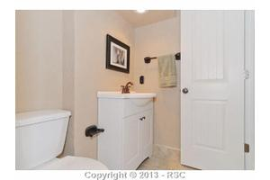 330 Clarksley Rd, Manitou Springs, CO