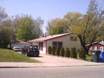 1154 Denver Dr, Carpentersville, IL 60110