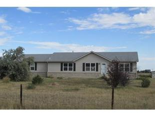 54915 E Bobcat Ln, Strasburg, CO