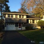 91 Highland Ave, Bergenfield, NJ 07621