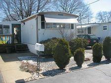 42 Lowell Ave, Pawtucket, RI 02861