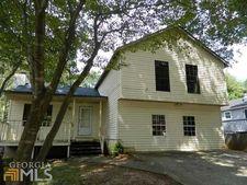 1162 Oaks Pl, Stone Mountain, GA 30083