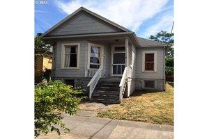 2818 SE 17th Ave, Portland, OR 97202