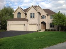9127 Winding Trails Ct, Willow Springs, IL 60480