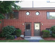 60 Sterling Ln, Haverhill, MA 01835