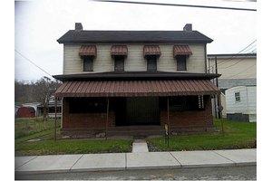 610 2nd Ave, Sutersville, PA 15083
