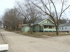 210 N Cottage St, Exira, IA 50076