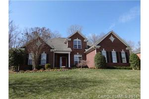 7183 Three Wood Dr, Matthews, NC 28104