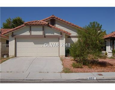 652 Whispering Palms Dr, Las Vegas, NV