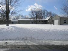 8282 Prole Rd, Stafford, NY 14143