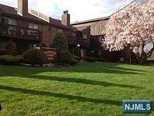 333 Liberty St Apt 1, Little Ferry, NJ 07643
