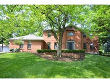 5809 Old Forest Ln, West Chester, OH 45069