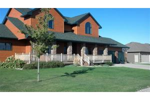 26531 Lakeview Pl, Hartford, SD 57033