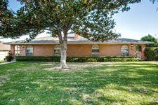 7615 Meadow Oaks Dr, Dallas, TX 75230