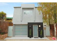 2827 Pacific View Trl, Los Angeles, CA 90068