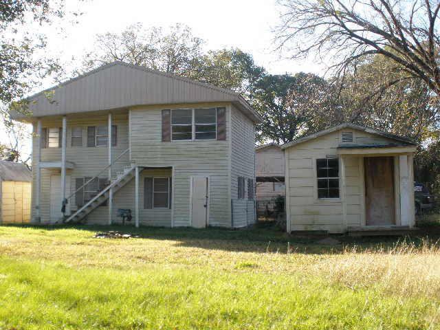 9867 Arrow St, Quinlan, TX 75474