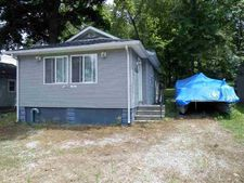 10368 S Roosevelt St, Silver Lake, IN 46982