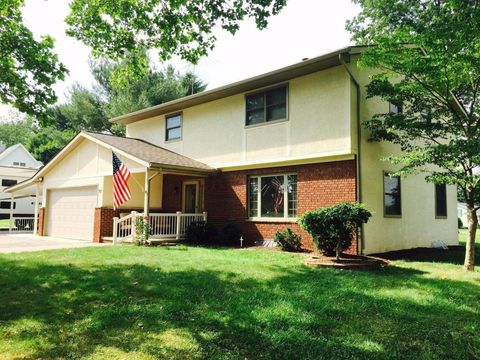 97 Wilshire Dr, Hebron, OH 43025
