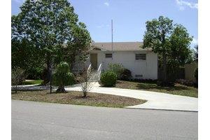 6706 Westview Dr, Lake Worth, FL 33462