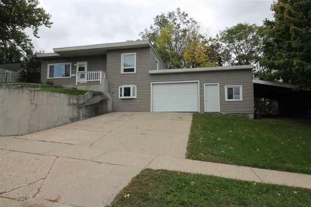 358 walker st janesville wi 53545 home for sale and