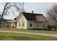 1330 Clark Rd, Williamsburg, KS 66095