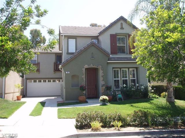 250 Canyon Breeze Ct, Simi Valley, CA 93065
