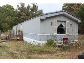 163 Rockwood Rd, Pineville, MO