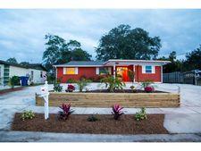 13001 120th St, Seminole, FL 33778