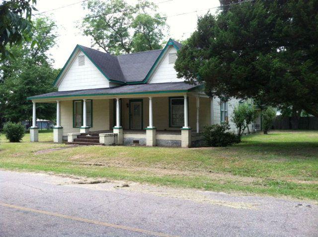 187 N Hemby St, Slocomb, AL 36375