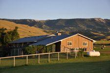 395 Bird Farm Rd, Big Horn, WY 82833