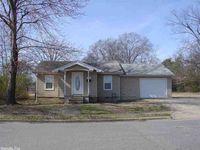 112 N Fourth St, Benton, AR 72015