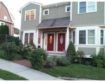 56 Bartlett St, Watertown, MA 02472