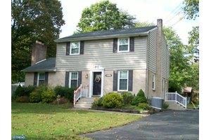 337 Lynn Ave, Deptford, NJ 08090