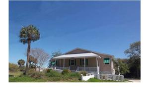 134 Jungle Rd, Edisto Beach, SC 29438