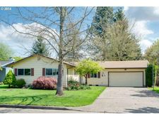 476 S 9Th Ave, Cornelius, OR 97113