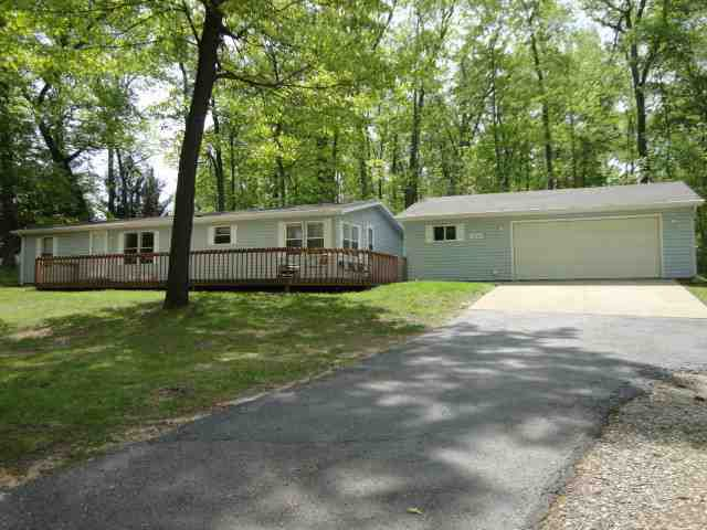3525 N Bay View Rd, Angola, IN 46703