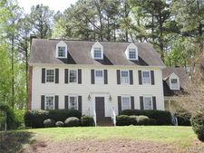 1901 Fawndale Dr, Raleigh, NC 27612