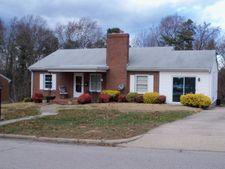 128 Pineview Dr, Danville, VA 24540