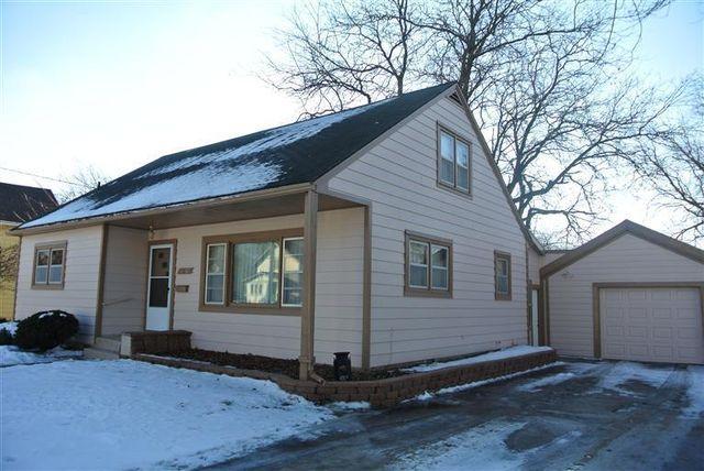 1011 Woodland Ave, Iowa Falls, IA 50126
