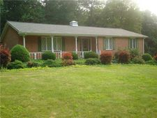 104 Deerfield Rd, Ligonier, PA 15658