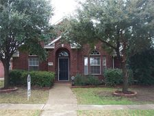 5521 Overland Dr, The Colony, TX 75056