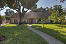 9703 Truscon Dr, Houston, TX 77080