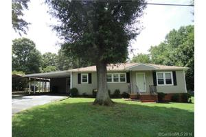403 W Cabarrus St, Stanfield, NC 28163