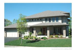 Photo of 6925 Lake Harrison Circle,Chanhassen, MN 55317