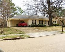 3148 Belle Tower Rd, Memphis, TN 38115