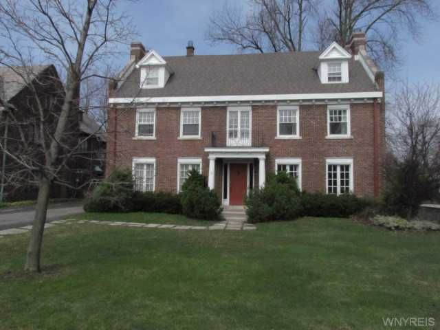 Buffalo Ny Homes For: 15 Middlesex Rd, Buffalo, NY 14216