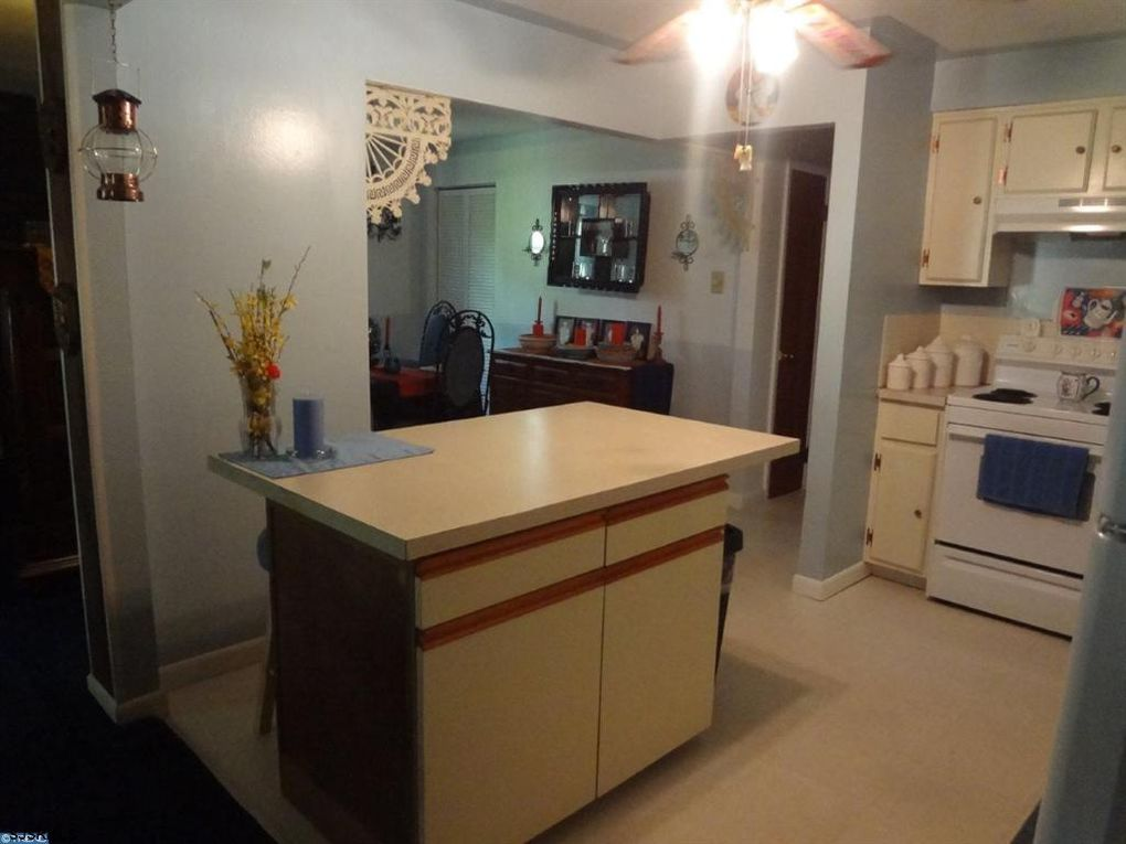 87 e park ave williamstown nj 08094 for Kitchen cabinets 08094