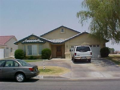 26399 Blue Water Rd, Helendale, CA