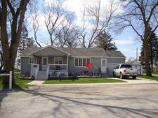 330 Pearl St, Westgate, IA 50681